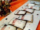 Сало, маринованное в чернилах каракатицы