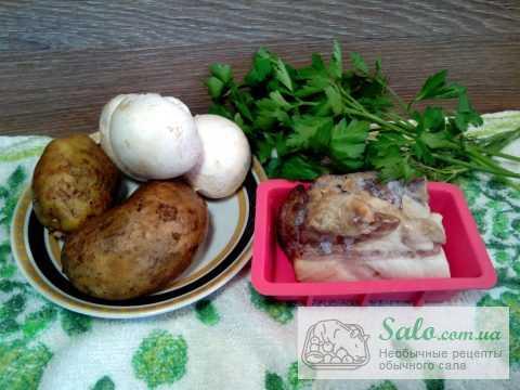 Мясные зразы с картофельным пюре и шкварками