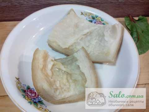 Вкусное сало в  рассоле с кинзой и чесноком