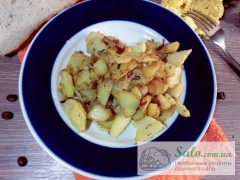 Жареная картошка с ароматным смальцем
